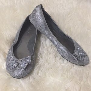 Silver sequin and lace ballet flats size 7
